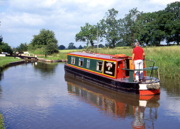 The Raven Canal Boat